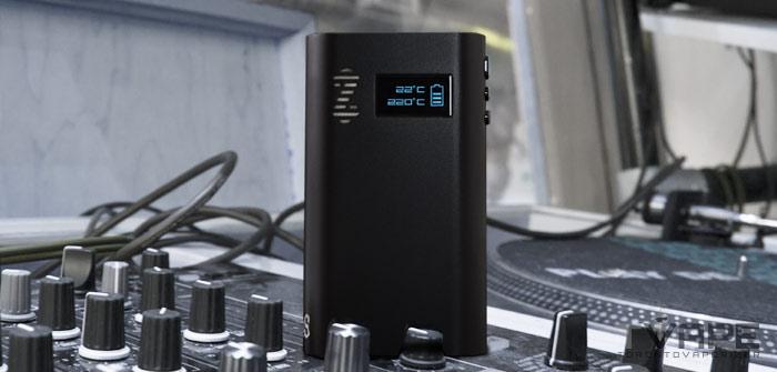 Zeus Smite Vaporizer on a turntable
